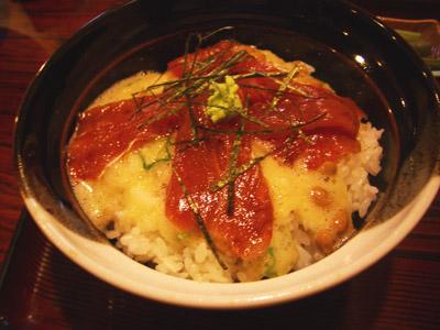 日替わりランチは、マグロ納豆丼