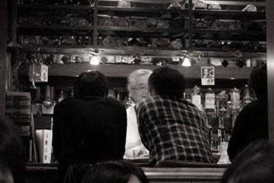 バーで2次会
