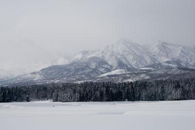 冬に見られる妙高山