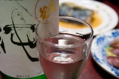 〆張鶴純米吟醸酒