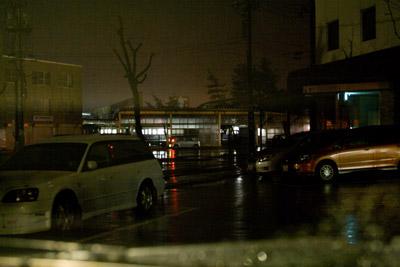 午前4時30分の柏崎駅