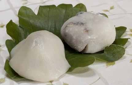 金澤菓子店の柏餅と豆大福