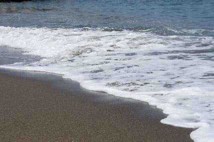 波打ち際も静かでした