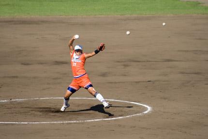 上野由岐子投手投球フォーム6