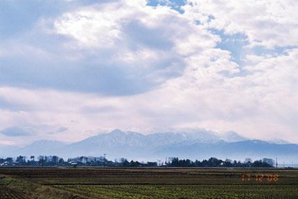 久比岐平野からの妙高山