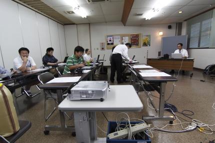 糸魚川の方々と講師加藤先生で全9回