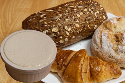 参宮橋のBULANGERIE LA SAISONのパンとメープルバター