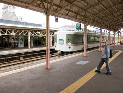 電車で新潟市へ