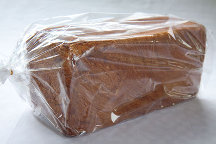 バターたっぷりの食パン