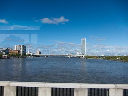 万代橋からの景色