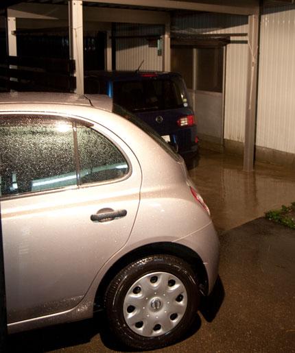 10月11日午前3時、新潟県上越市は雨