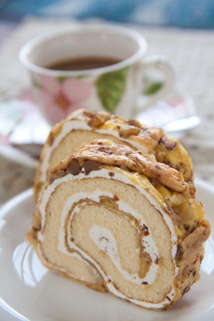 松本で作られたロールケーキ