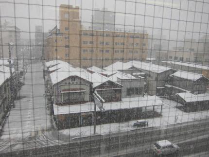 長岡市の雪風景