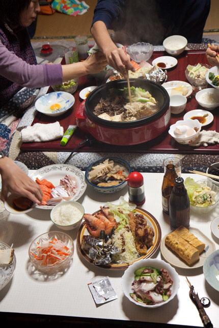すき焼きに刺身に総菜