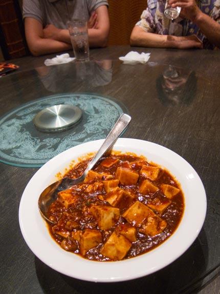 円卓に麻婆豆腐