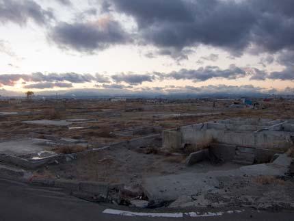 廃墟のような町