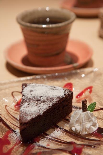 ショコラケーキに珈琲