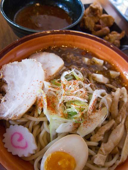 辛つけ麺780円+唐揚げセット200円