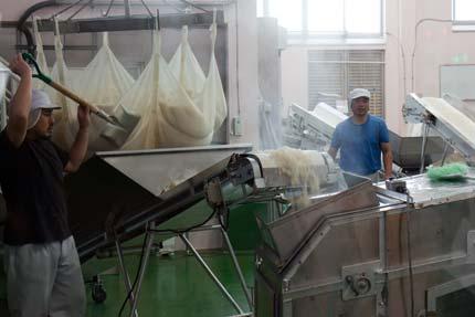 味噌造りの工場
