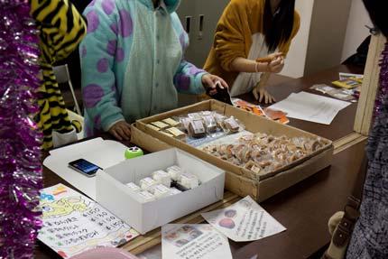 生徒が考え、上越市内のお菓子屋さんが協力して出来たお菓子