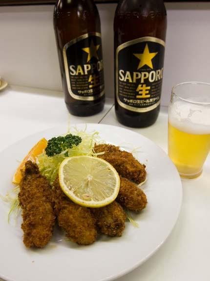 牡蠣フライにサッポロビール