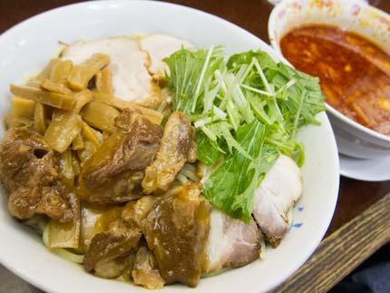 辛みそつけ麺大盛り680円+クーポンでチャーシュー3枚