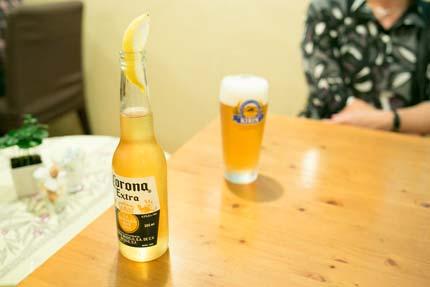 生ビールと料金を少しプラスしてコロナビール