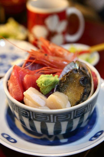 海鮮丼1500円