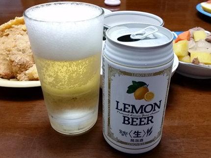 レモン入りのビール