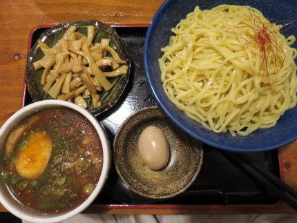 みそつけ麺大盛りに味玉とメンマをトッピング1030円