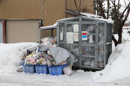 プラスチック包装容器ゴミ