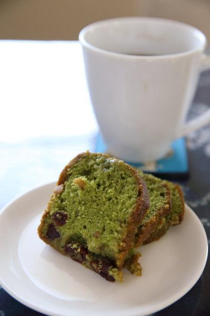 抹茶とチェリーのパウンドケーキ