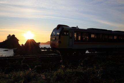 五能線を走る電車