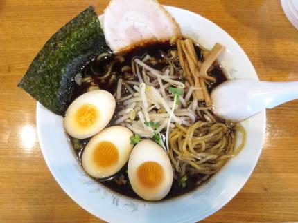 ブラック醤油ラーメン730円+味玉クーポン
