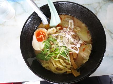 ごまだれワンタン麺800円+200円引きクーポン