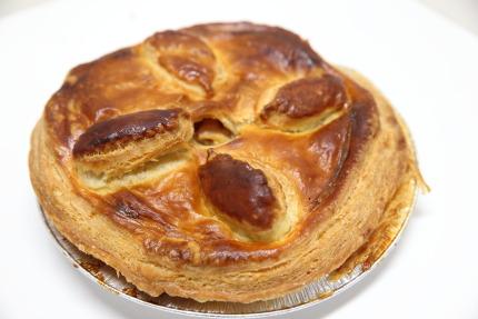 ラ・ソネ菓寮さんのアップルパイ