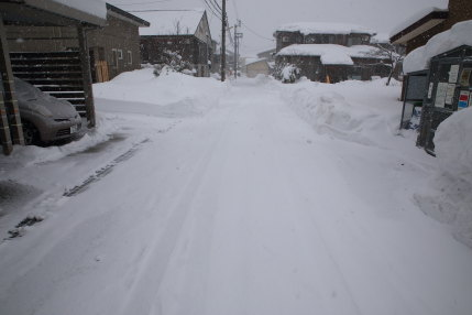 1月15日(日)、高田観測所記録 降雪量5cm積雪量66cm