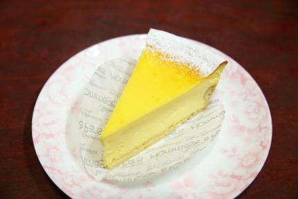 チーズタルト400円(外税)