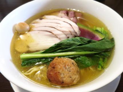 限定15食の鶏塩麺950円(税込み)