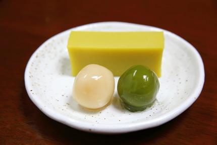 「みつ豆」と「芋ようかん」