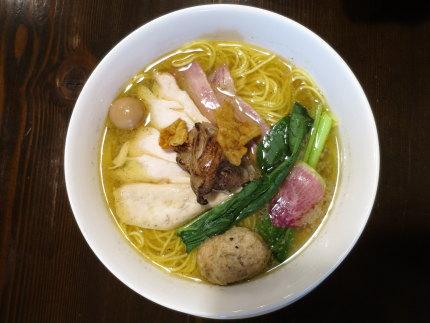 鶏塩麺950円(税込)