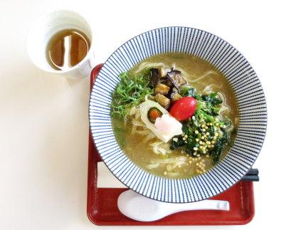 かぐら南蛮味噌仕立てのなめこポタージュスープ