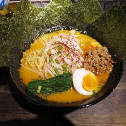 クリーミー担々麺850円(税込)+海苔トッピング無料