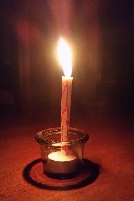 和蝋燭の明かり