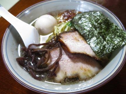 塩らーめん750円+味玉100円
