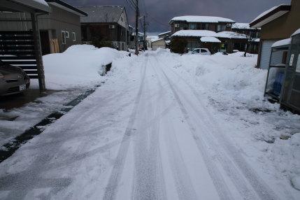1月25日(水)、高田観測所記録 降雪量14cm積雪量60cm