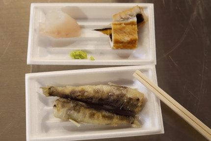 ヒラメの刺身、煮穴子、メヒカリの唐揚げ