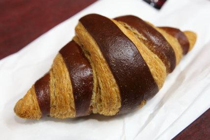 ショコラクリームクロワッサン324円(税込)