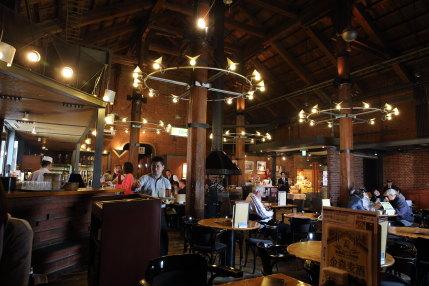 赤レンガ倉庫のレストラン