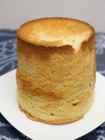 フレイバーさんのメイプルシフォンケーキ